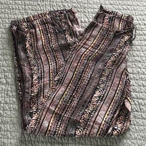 Wide leg palazzo pants, size small. Never worn.